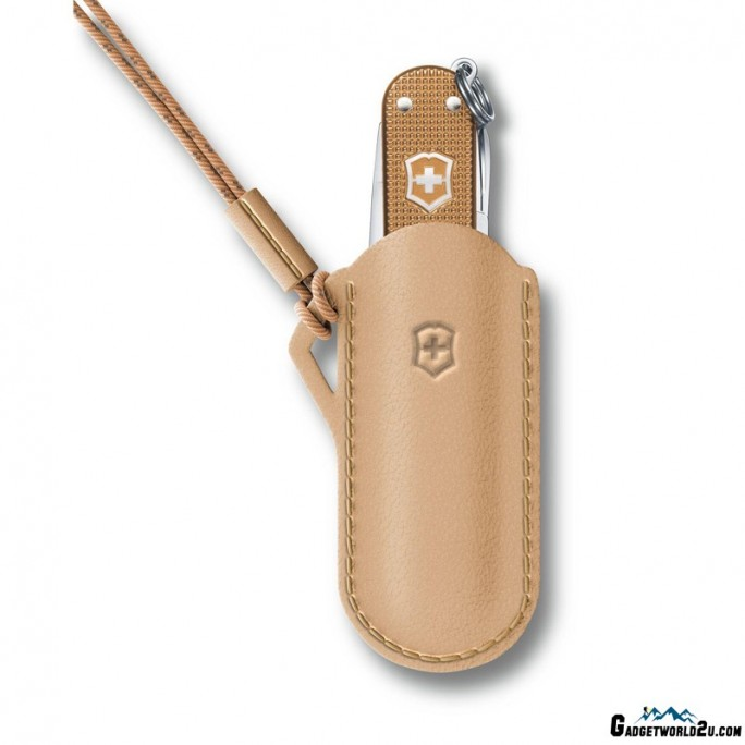 Victorinox Leather Pouch Classic Colors Wet Sand Beige 58mm 4.0670.49